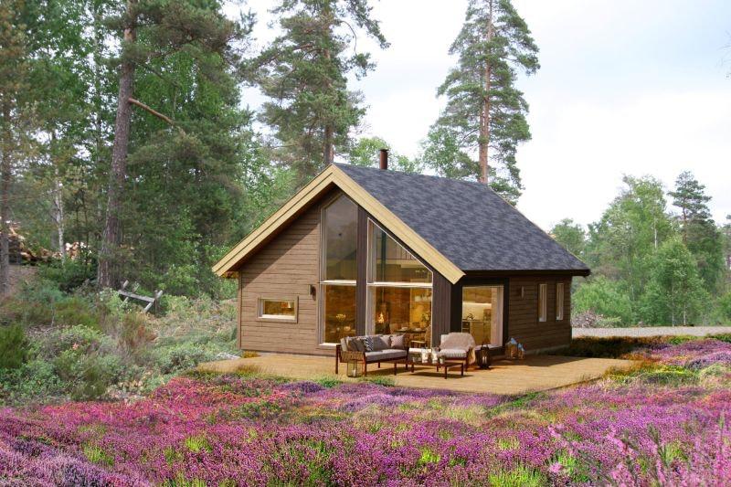 Ny arealeffektiv hytte med 11m2 hems. Utsikt over innsjø. Flotte turområder og sandstrand