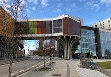 Jessheim storsenter med 150 butikker og serveringssteder.