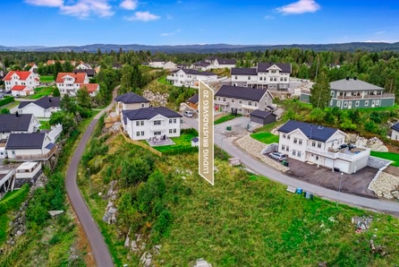 Nannestad//Eltonåsen// RESERVERT //Byggeklar eneboligtomt // 810 m2 // Siste tomt på feltet // ingen byggeklausul