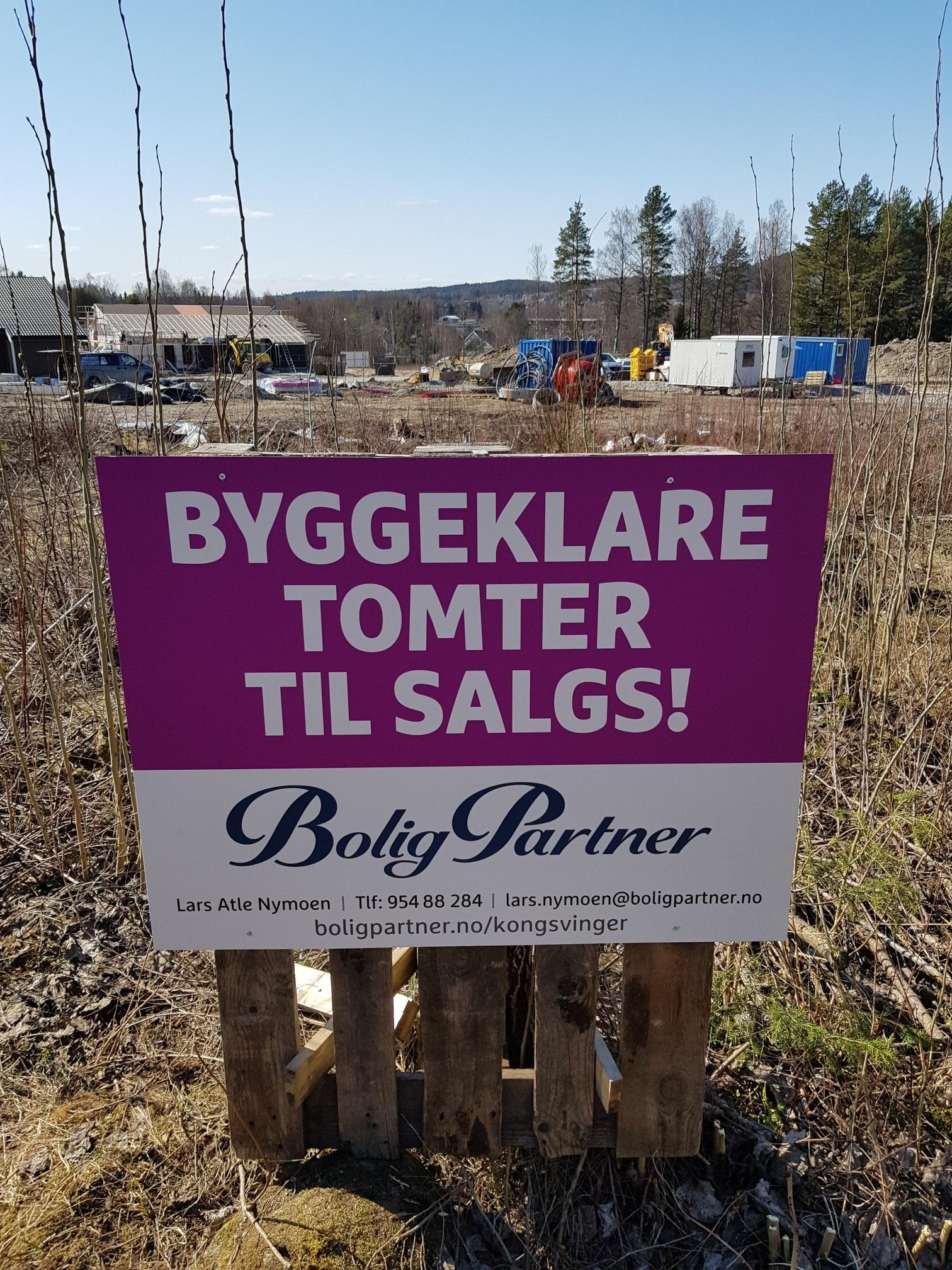 7 Vestvendte tomter sentralt på Skarnes. 1 solgt!