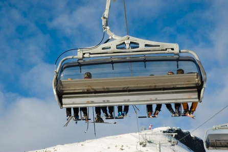 Sportshytte på Skei! Nøkkelferdig på solrik tomt.  Ski in/out langrenn!