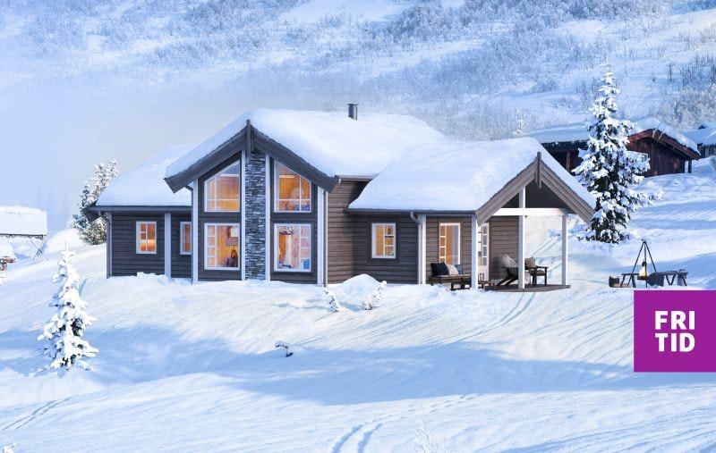 Flott familiehytte med 3-4 sov. Fint beliggende på stor, solrik tomt på Skei. Langrennski in/out. Nøkkelferdig!