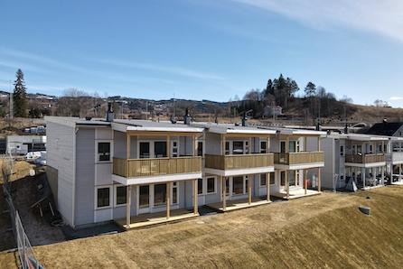 Leiligheter over to plan med 3/4 soverom, sentral beliggenhet og gode solforhold! 2 leiligheter solgt,bygging igangsatt!