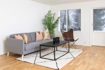 JAREN  - Kun 1 igjen! Innflytningsklar leilighet med alt på en flate!  2-3 sov! KAMPANJE*