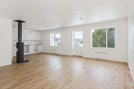 LEIRA- Ønsker du ny bolig med nye møbler? Alt på ett plan. Utsikt. Gode solforhold. Innflyttingsklar!