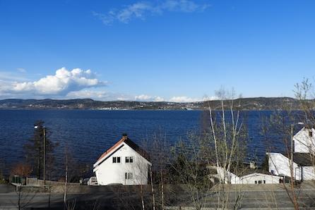 Tomt med panoramautsikt over Drammensfjorden