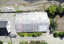 Drivhuset dekker store deler av eiendommen og skal fjernes