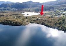 Her er tomt nr. 3 avmerka på bildet. Nært sjø og planlagt kaianlegg!