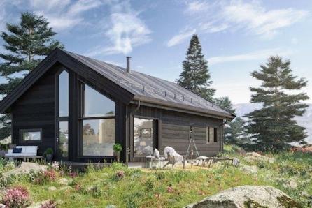 Familiehytte på idylliske Lysøya/Averøy fra BoligPartner med totalt bruksareal på 65kvm med hems på 18,9kvm.