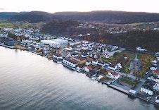 Svelvik er en perle ved bredden av fjorden og Svelvikstrømmen.