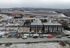 Sørumsvingen - De to første byggene er ferdigstilte, og vi er nå i gang med det tredje bygget. Det fjerde bygget er ferdig støpt, og vi er nå i gang med å støpe de to siste byggene.
