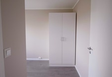 Soverom 3- Begge de minste soverommene får garderobeskap ferdig montert.