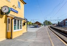 Toget tar kun 16 min. til Lillestrøm og 28 min. til Oslo.