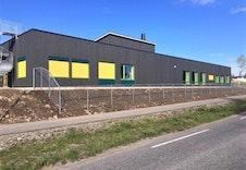 Den nye barnehagen er kun få minutters gange fra tomten.
