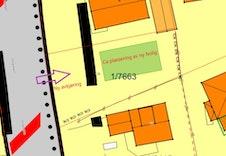 Kartutsnitt som viser ca plassering av ny bolig og innkjøring fra Skogvegen.