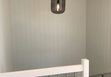 Lampe i trappeoppgang