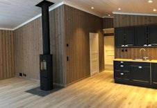 Åpen kjøkken og stueløsning. Bilde fra tilsvarende hytte.