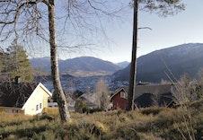 Utsikt fra området (ikke fra selve tomten).