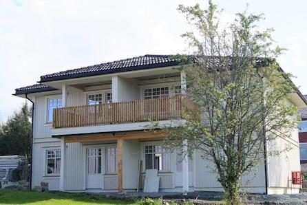 Heimdal - Halvparter med 3 sov, stor åpen stue/kjøkken. Bygging pågår! Møbelkampanje: Gavekort på 75000,- følger med!!