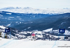 Alpinbakke for liten og stor, med ski inn og ut fra hytten, se www.merakeralpinsenter.com