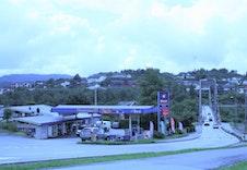 -Gabben bensinsjason og gatekjøkken - 1.7 km