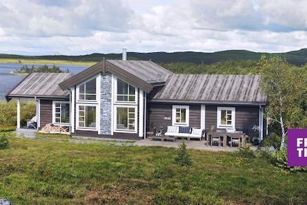 Familiehytte på Gamlestølen ved Synnfjellet. Stor solrik tomt med utsikt. Langrennsløyper og turterreng i  toppklasse!