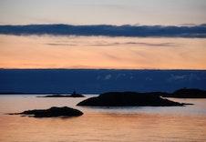 Nydeleg solnedgang i Fitjar-øyene
