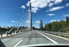 Broen som tar deg til og fra Askim.