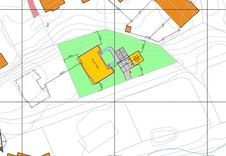 Illustrasjonplan viser plassering av boligen og parkeringsplasser.
