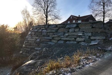 Prosjektert einebustad på Leirvik. Flott utsikt over Leirvik.