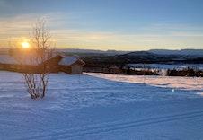 Fra Heimre Kjølastølen mot vintersola i sør