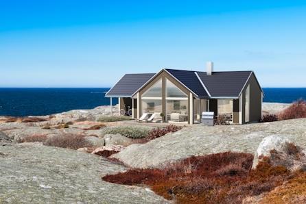 De gode minnene skapes på hytta. Nøkkelferdig Portus på solrik tomt med sjøutsikt.