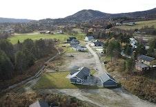 Nytt og fint opparbeidet boligfelt. Flott utsikt til Geilotoppen.