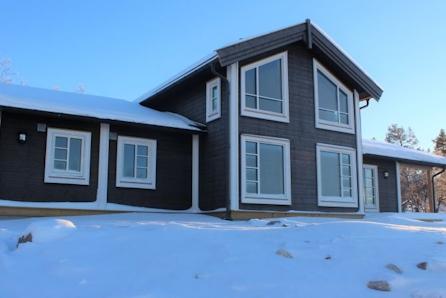 Turufjell - Prosjektert oppstuggu hytte SLETTHØ, ved basen for området. Gode solforhold og vid utsikt.