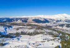 Vikeshagen ligger praktfult til på Voss på 550 moh.
