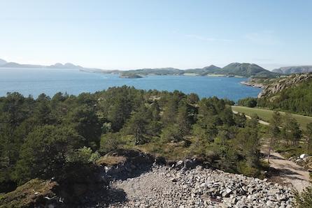 Nå med redusert pris Flott hyttetomt på Jøa med fantastiske solforhold. Tomta er delvis opparbeidet.